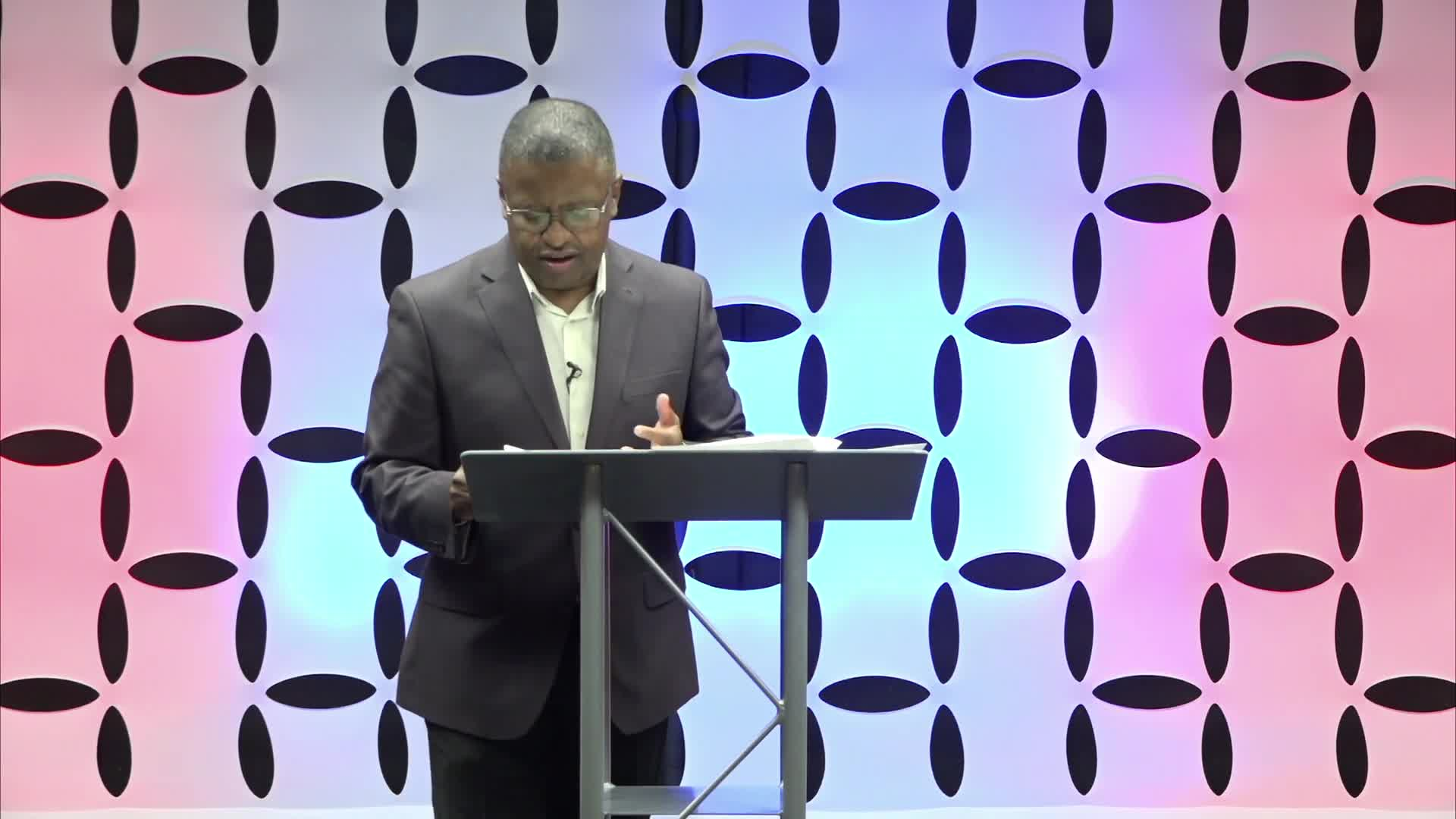 Courage for Today- Min. Stanley Hollis-Sun. Sept. 26th, 2021@11AM